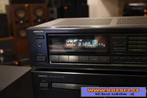 Sestava receiver + cd player Onkyo
