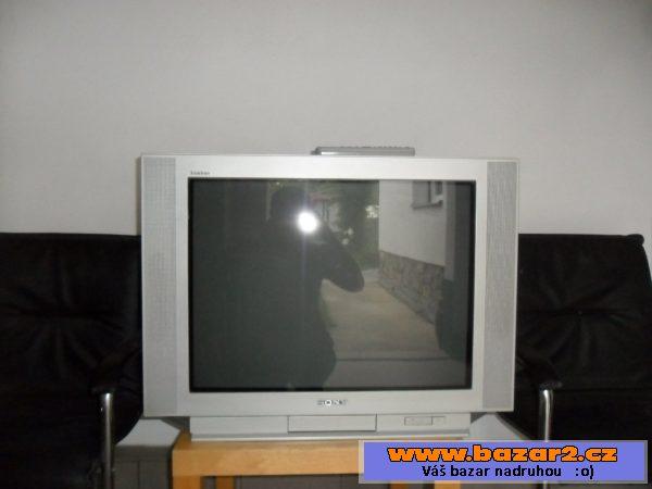 dc39e093d Televizor Sony s dálkovým ovládáním, plně funkční. Viz foto. Pouze osobní  odběr. Pouze telefonujte. Cena 500 Kč.
