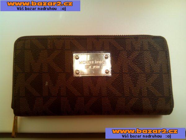 c0d6f6baf4 Luxusní dámská peněženka Michael Kors ...