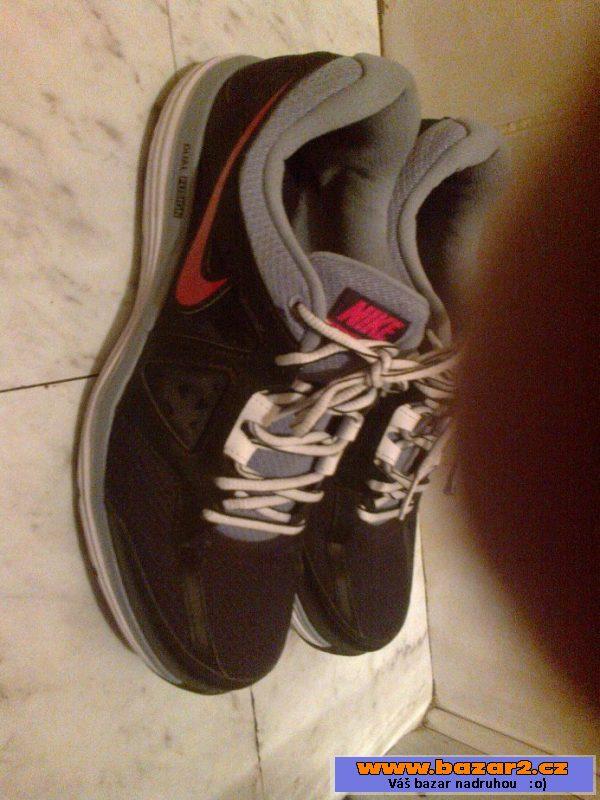 d807065694d0b Pánské boty Nike - nové, velikost 43, jsou mi velké - nevhodný dárek. Cena  200 Kč.