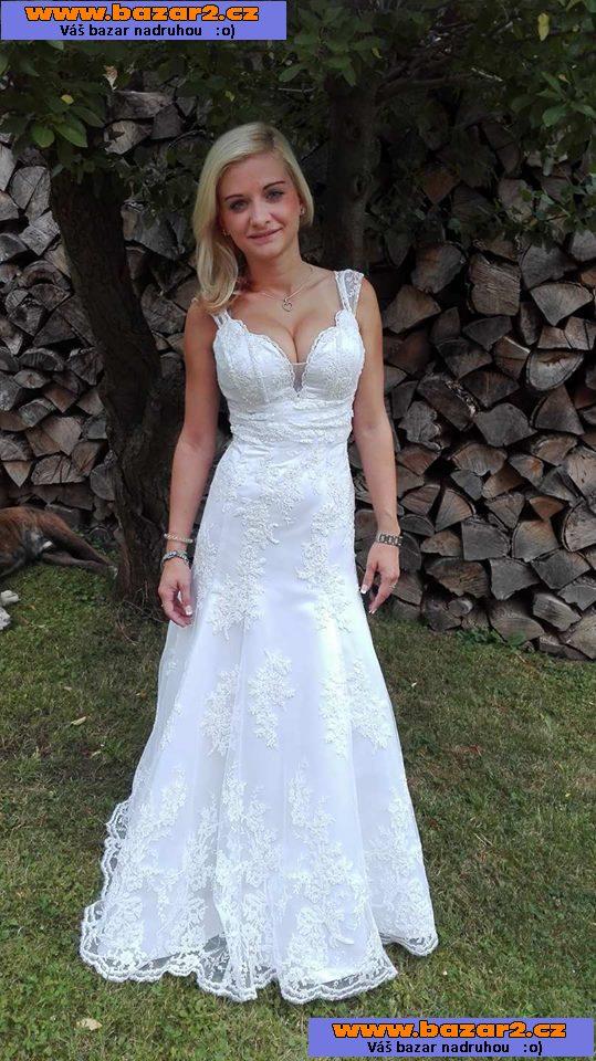 8fe2316217c8 Prodám krásné luxusní svatební šaty šité na zakázku