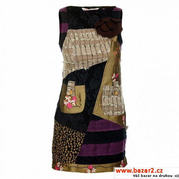 593c0b839844 Dámské krátké šaty Savage Culture ...