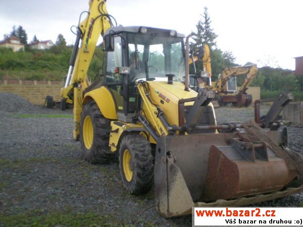 NEW HOLLAND LB95