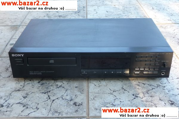 COMPACT DISC PLAYER SONY CDP 261